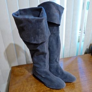 VICTOR ALFARO SUEDE BOOTS SIZE 8.5 M GRAY